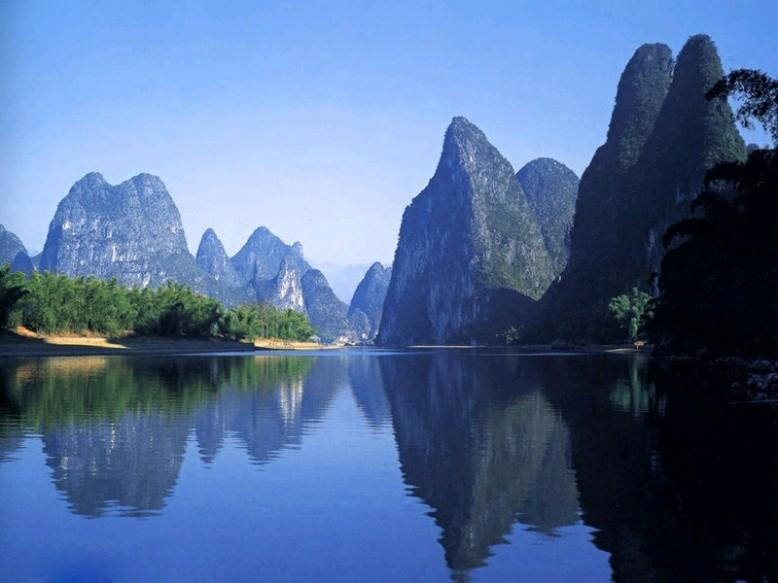 桂林漓江风景区以桂林市为中心