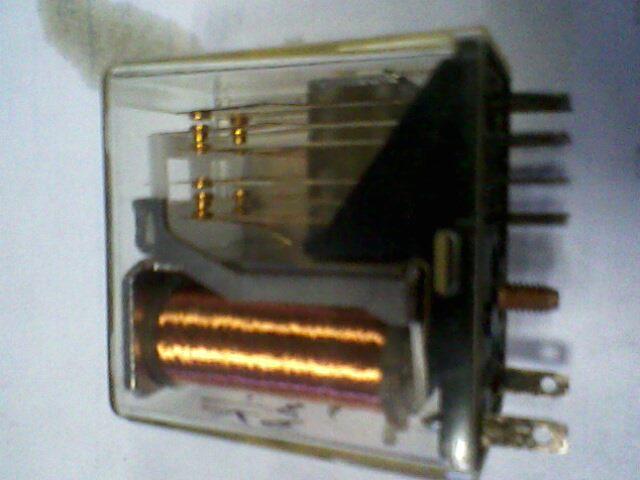 接触器或电磁阀线圈的电阻与工作电流的关系?